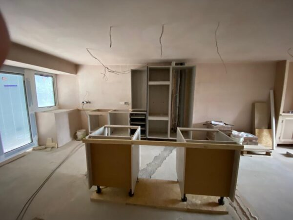 Polmanter holiday cottage renovation on the ground floor sees the kitchen starting to take shape