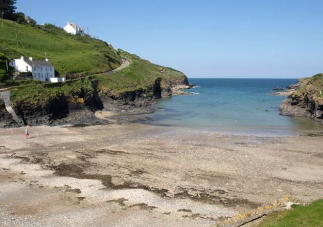 Cornish beaches: Port Gaverne Beach